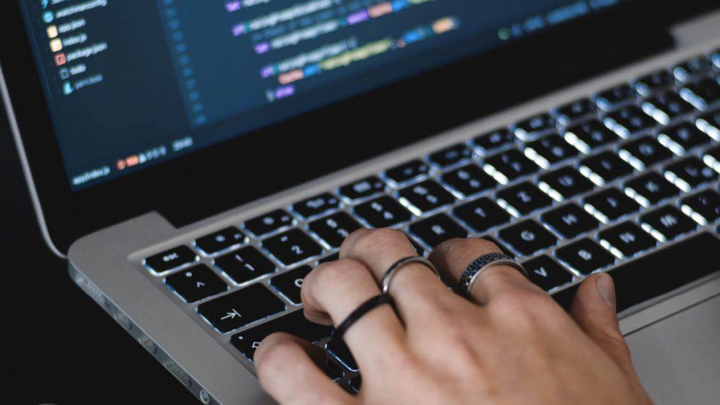 چگونه برنامه نویسی را شروع کنیم ؟